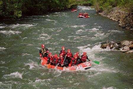 Guiarural. Rafting en el Noguera Pallaresa. img_20100514181054.jpg