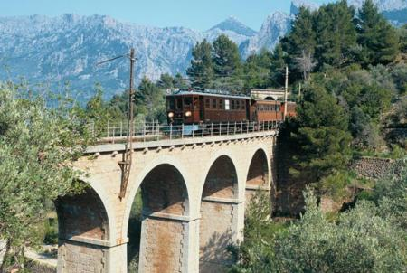 Guiarural. El tren de Sóller, un viaje en la máquina del tiempo. img_20100520171323.jpg