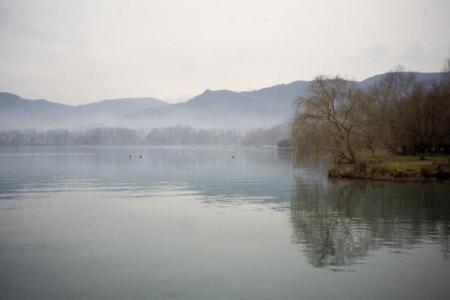 Guiarural. Lago de Banyoles, una joya entre el Pirineo y la Costa Brava. img_20100705174805.jpg
