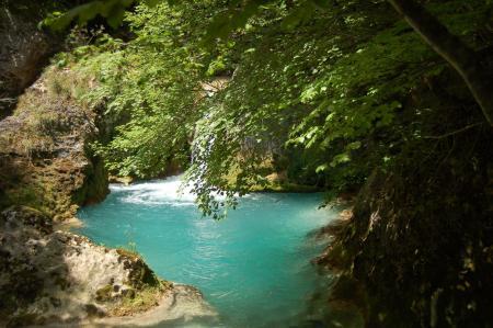 Guiarural. El nacedero del Urederra, un lugar mágico en la Sierra de Urbasa. img_20101017200507.jpg