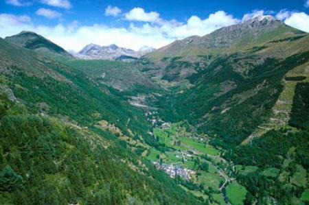 Guiarural. La Vall de Boí, paradigma del románico en un paisaje de ensueño. img_20101105172615.jpg
