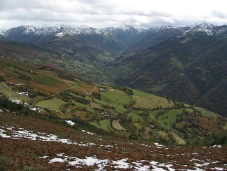 Guiarural. La comarca Vaqueira, la Asturias más ancestral. img_20101208140804.jpg