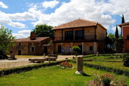 . Granadilla, la sorprendente capital histórica de las Hurdes. img_20110107184915.jpg