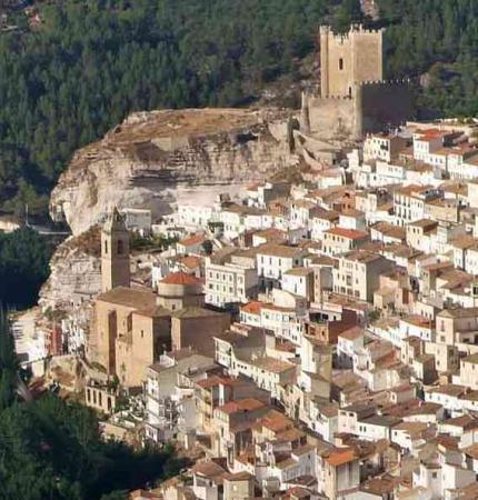 . Alcalá del Júcar. img_20110505165821.jpg