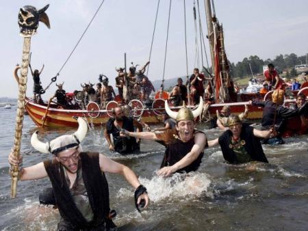 . La romería vikinga de Catoira (7 de Agosto). img_20110730132316.jpg