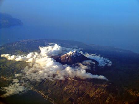. La isla do Pico, atalaya de las Azores. img_20120515143336.jpg