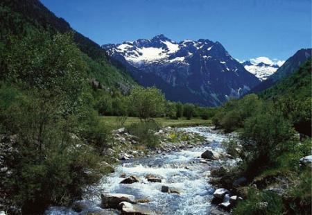 . Aigüestortes, Pirineo en estado puro. img_20120522185854.jpg