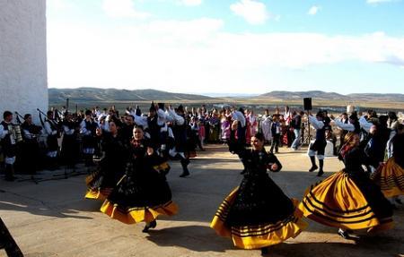 . La Fiesta de la Rosa del Azafrán. img_20121025195350.jpg