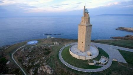 . La Torre de Hércules, el faro más antiguo del mundo. la-torre-de-hercules.jpg
