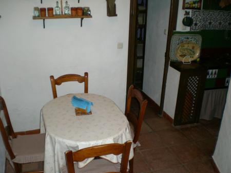 Guiarural. Más fotos de Alojamiento rural Don Claudio. img_20101118172929.jpg