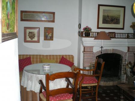 Guiarural. Más fotos de Alojamiento rural Don Claudio. img_20101118173517.jpg