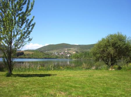Guiarural. La leyenda del lago de Carucedo. img_20101217183921.jpg